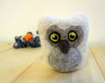 Needle Felted Owl - Felted Animal - Alpaca Owl Miniature - Horned Owl