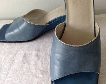 """BLUE 1990s Franco Sarto Made in Brazil. 3"""" WEDGE Shoe Womens Size 8.5. Vintage Squared off Toe and Heel Design with Two Toned Zig Zag Trim"""