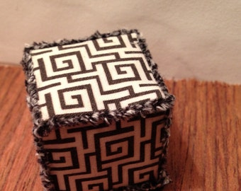 Miniature graphic black and white ottoman hassock