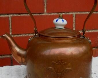 Vintage Copper Teapot with Tulip Design