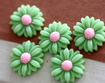 10pcs  Wholesale Beautiful Mix Colorful Daisy Flower Resin Cabochon  -   -22mm(CAB-BU -20)