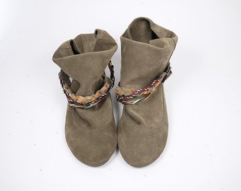Boots Booties in Taupe Dove Leather with Colored Leather Braided Belts
