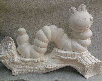 Ceramic Inch Worm Bisque (unfinished)