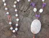 White magnesite and amethyst necklace