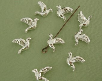 10pcs- Dove Flying Bird Silver Plated  Bead Bird Charm Pendant 3D.