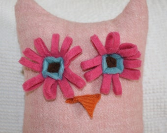 recycled wool owl pillow - pink - FREE continental US shipping