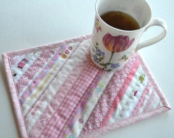 Cottage Chic Cotton Placemat, Coworker gift, Pink Mug Rug