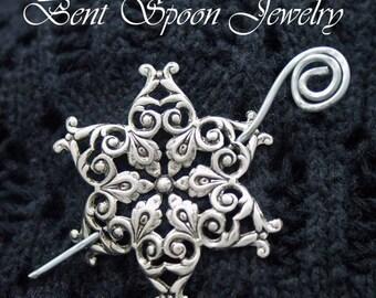 Snowflake Shawl Pin, Silver Shawl pin, Scarf Pin, Fibula, Sweater Pin