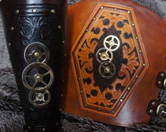 Carved Leather 3 Cog Steampunk Bracer