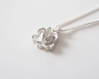One Flower Sterling Silver Necklace