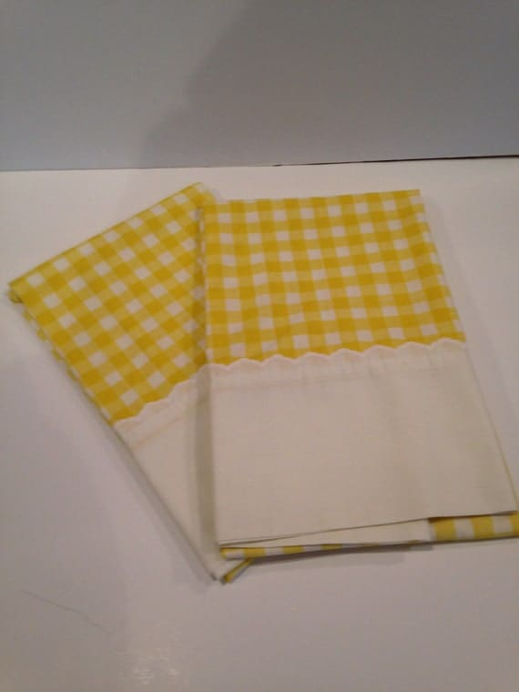 large yellow and white gingham king size pillow cases. Black Bedroom Furniture Sets. Home Design Ideas