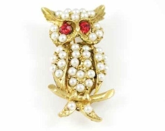 Vintage Owl Brooch / 1950s Gold Pearl Bird Pin / Pearl Brooch with Red Rhinestone Eyes