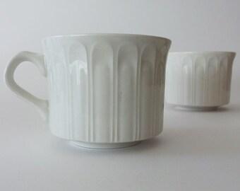 Vintage Art Deco Coffee / Tea Cups