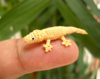 Miniature Lizard - Tiny Crochet Mini Gekko Amigurumi Tiny Animals - Made To Order