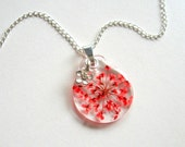 Red Queen Anne's Lace - Real Flower Garden Necklace - Pressed flower, Nature inspired, natural, modern, minimal, everyday casual, ooak, gift