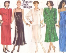 Clothing Designers Names 1920s To 1980s s Vogue Basic Design Sewing