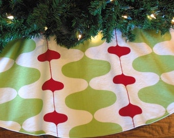 "Mid Century Modern Christmas Tree Skirt, Retro Mod Tree Skirt, Contemporary Tree Skirt, Red and Green Christmas Decor, 48"" Xmas Tree Skirt"