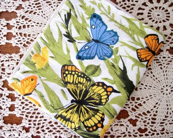 Vintage Butterfly Tea Towel - Linen - Floral - Unique Design - Kitchen Decor
