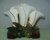 Vintage McCoy Pottery Triple Lily vase