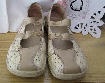 DIESEL - Beige, Tan & Pink Soft Leather Mary Jane Sneakers, Size US10 (European 41)