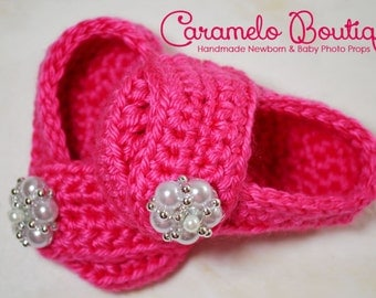 RTS Hot Pink Newborn Baby Girl Shoes with Pearls-Baby Girl Slippers-Baby Girl Loafers-Hot Pink Baby Girl Booties-Baby Girl Photography Prop