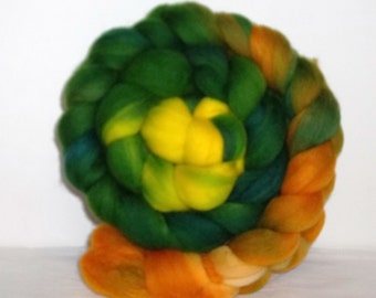 Rambouillet  Wool Hand Dyed Grass Green Gold And Yellow  Spinning Fiber