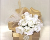 Trending Gold Favor Box Jewlery Box, Pre-wrapped Gift Box, Wedding Favor, Bridesmaid gift,  Elegant, Romantic, Rhinestone, Decoration