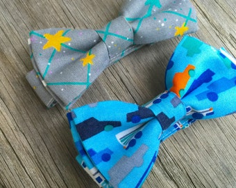 SALE cars bow tie - space bow tie - blue bow tie - boys first birthday outfit - baby boy - bow tie - bowtie for boys - toddler bow tie
