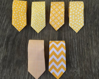 Men's Yellow Tie - Yellow Wedding - Yellow Groomsmen Ties -- Yellow Bow Tie - Yellow Polka Dot Tie - Yellow Tie for Men