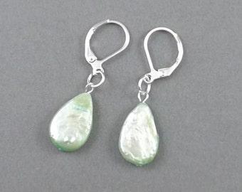"""3/4""""light green teardrop-genuine Pearls earrings,3g,silver leverback hooks-0210G"""