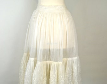 1940s Sheer White Starched Eyelet Muslin Petticoat Slip, Skirt, Crinoline
