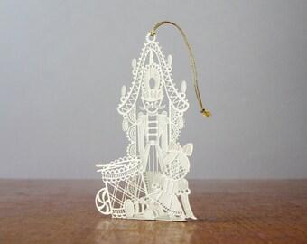 Vintage Tamerlane Christmas Metal Fillagree Ornament / Decoration