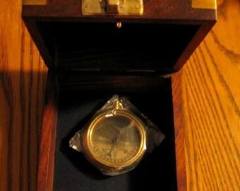 RMS TITANIC 1912 Brass Pocket Compass with TEAK w/Brass Anchor Presentation Case