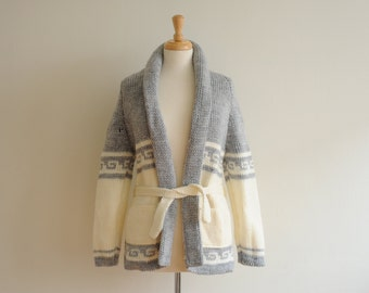 Vintage Thick Ivory & Gray Cardigan, Womens Small / ITEM520