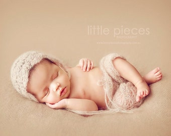 PDF CROCHET Pattern - newborn photography prop dainty blossom bonnet  and pant set #110