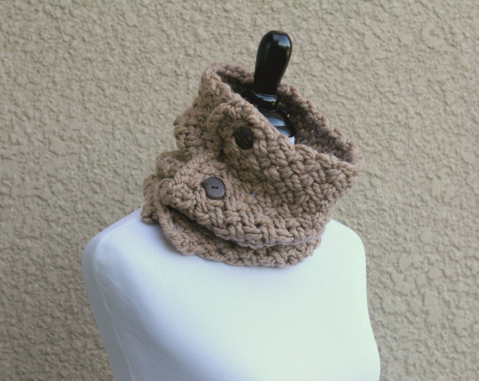 Chunky knit cowl mothers day gift scarf barley beige sand knit neckwarmer knit cowl