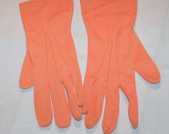 Unusual Vintage Salmon Pink Orange Ladies Gloves Sz 7 - Bracelet Length