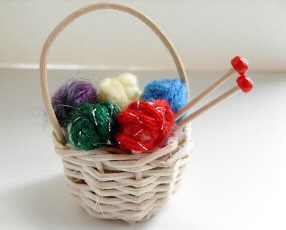 Knitting basket ornament christmas yarn