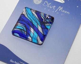 Decorative blue glass pendant