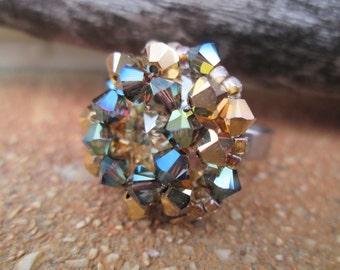 Bague de Cristal Swarovski et acier inoxydable dans les tons de or et vert