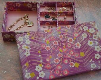 Multi-level Stacked Jewelry Box (M)