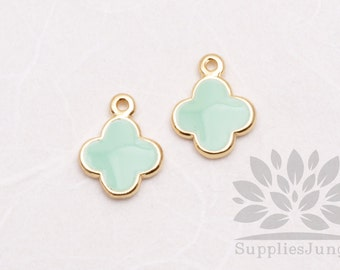 P600-02-MT// Gold Plated Light Mint Epoxy Daisy Pendant, 2 pcs