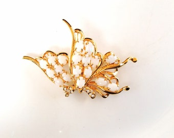 CLEARANCE Butterfly brooch jewelry destash beautiful but with missing stones  pin  for crafts and assemblage