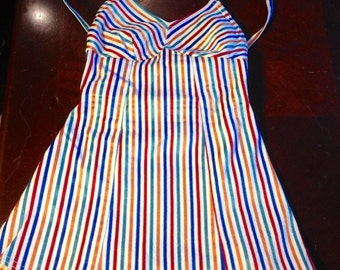 Adorable! Striped vintage swimsuit near perfect condition! sz Sm