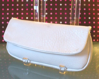 Vintage Snow White Pebbled Leather Clutch Bag