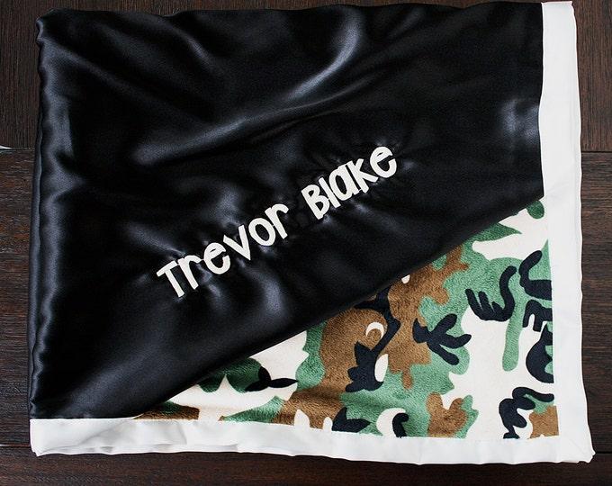 Minky Blanket, Blanket with name, blanket for boy, blanket for man, camo blanket, camoflauge blanket, hunting blanket, green and black