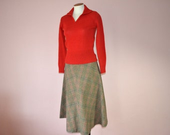 Woven Plaid A Line Skirt /  1970's Vintage / Fall Colors /  Size Small Medium  - VDS117
