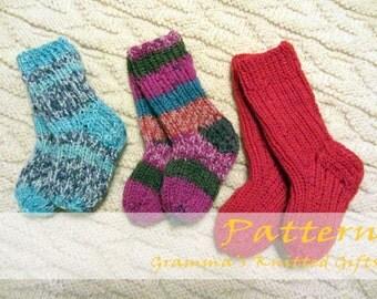 Wee Ones Socks Knitting Pattern