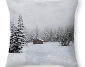 Winter landscape cotton throw pillow, decorative winter cabin toss pillow cover, home decor accent,snow picture pillow,ski resort room decor
