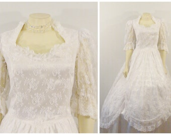 Vintage Wedding Dress 80s Gunne Sax By Jessica McClintock White Lace & Satin Ballgown Sz Small to Medium